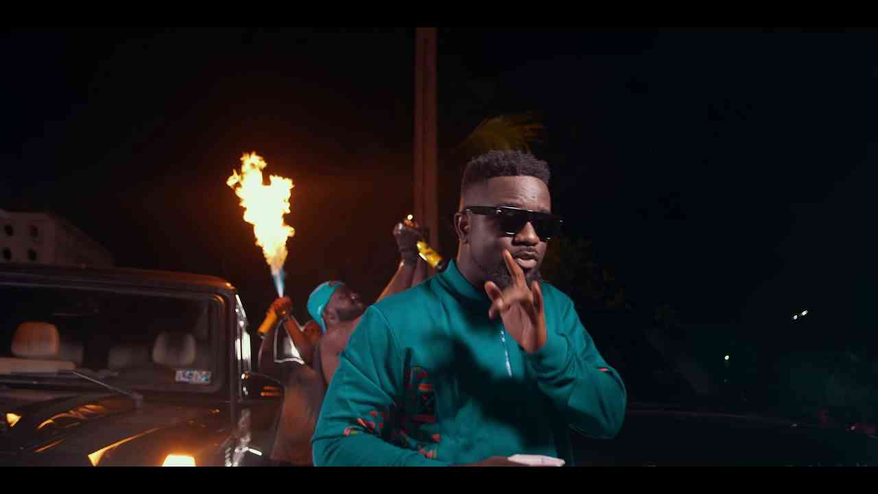 "VIDEO: Sarkodie – ""Oofeetsɔ"" ft. Prince Bright"