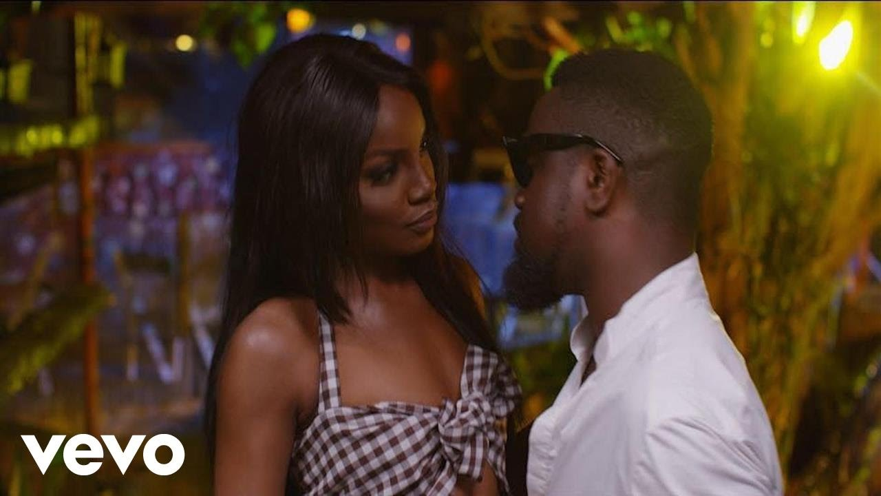 """VIDEO: Seyi Shay – """"Weekend Vibes"""" (Remix) ft. Sarkodie"""