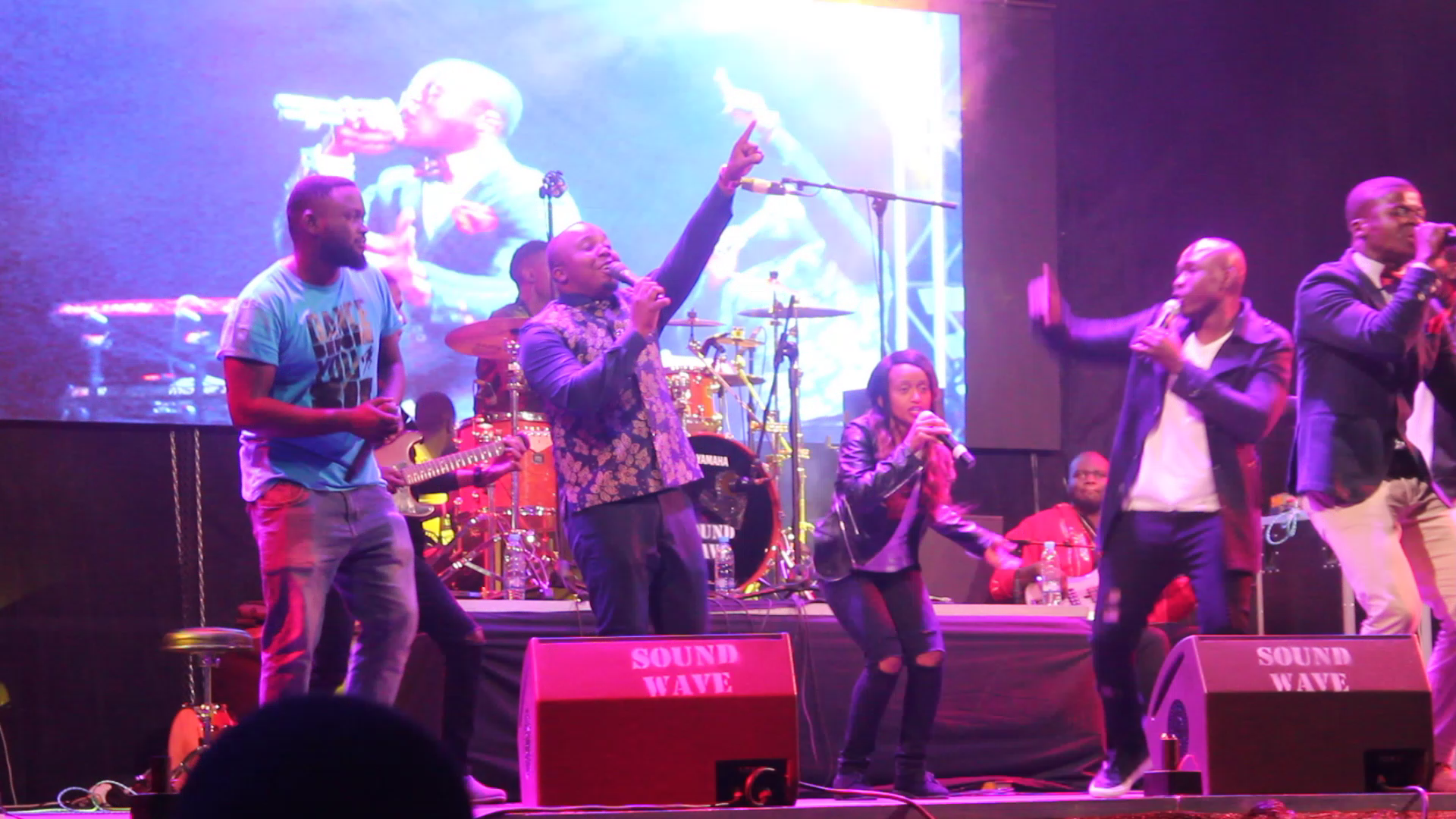VIDEO: Ephraim, Mag44 & Njamba Perform Umutima Wandi at #ALLOut4Gospel Concert